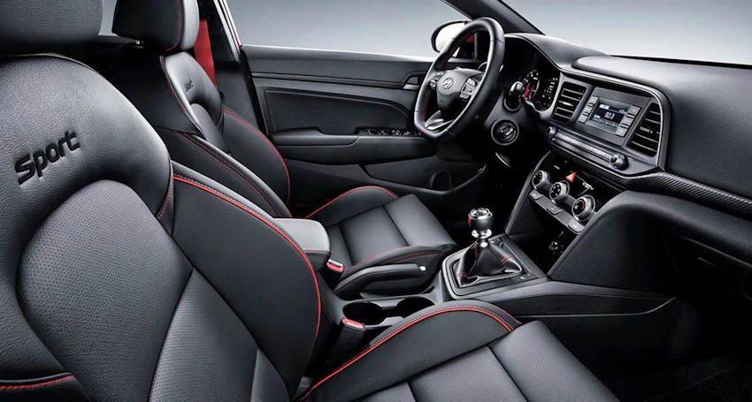 Khoang nội thất xe Hyundai Avante Sport 2
