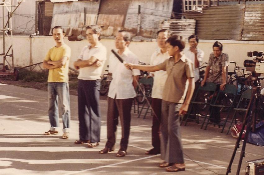 Các VS dự khán buổi biểu diễn tại Nhà Văn hóa quận 8 – TP.HCM. Khoảng quý 1-1984.  | Tư liệu Vothuat.vn
