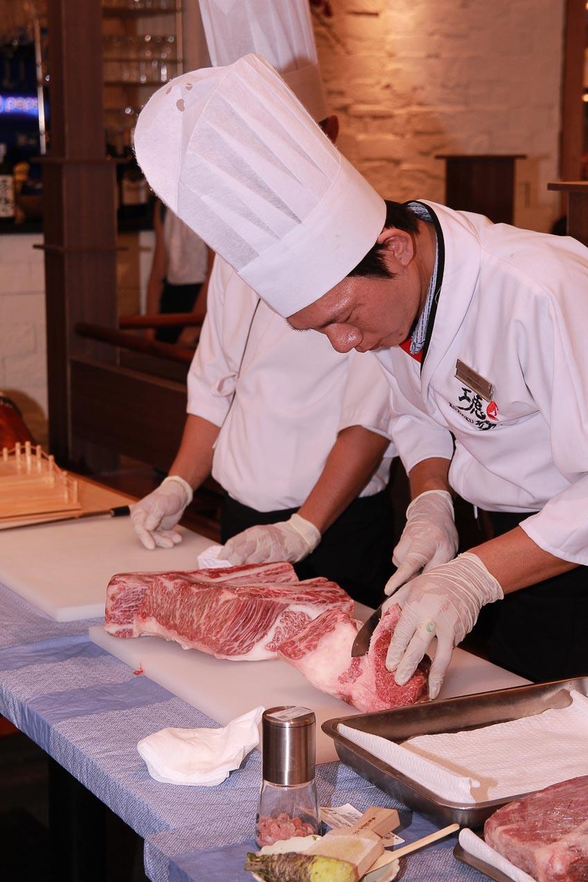 Thưởng thức bò Kobe tại Kohaku Sashimi & Yakiniku 1