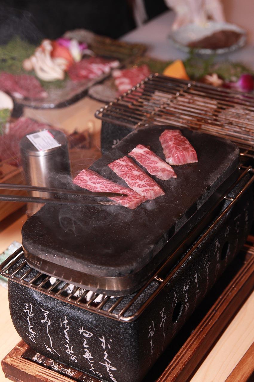 Thưởng thức bò Kobe tại Kohaku Sashimi & Yakiniku 3