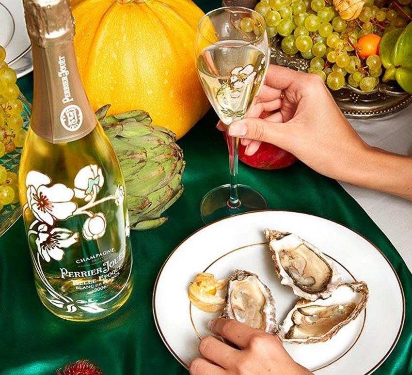 Tình yêu và sự kết nối - Hay champagne uống để thăng hoa 1