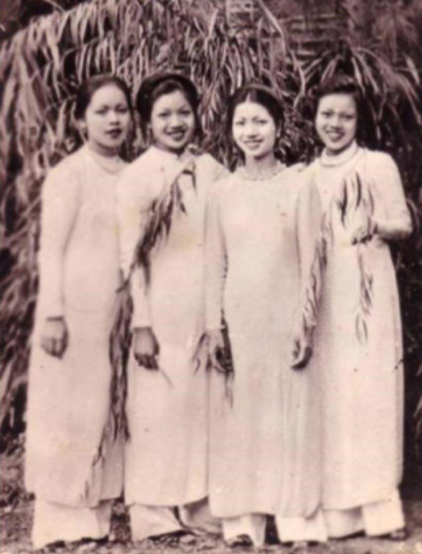 Thiếu nữ Hà Nội xưa với áo dài Lemur