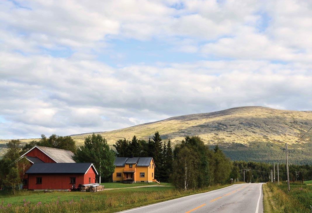 Con đường vùng quê miền Trung Na Uy