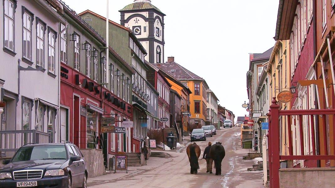Con đường trung tâm ở Roros