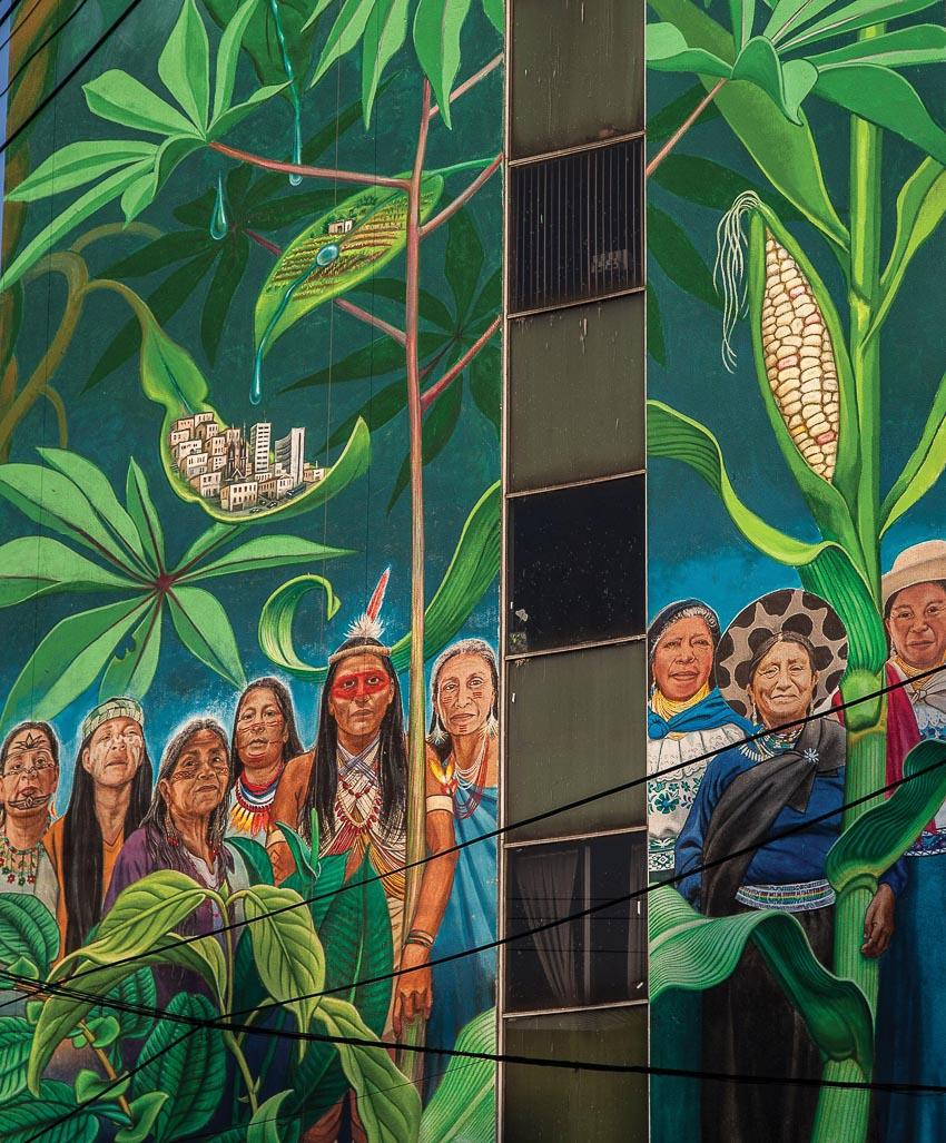 Chín phụ nữ trong tranh Mujeres custodias de nuestro hábitat en peligro