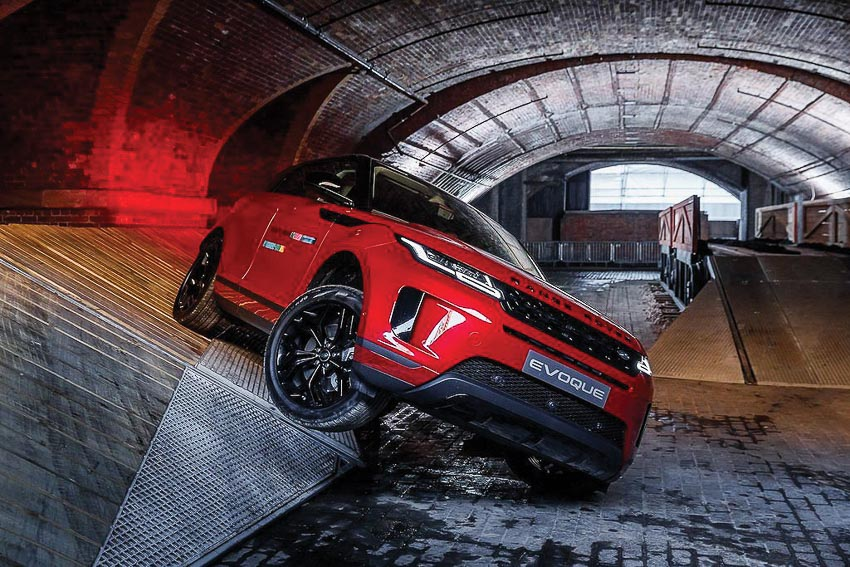 Range Rover Evoque 2020 thế hệ mới ra mắt ấn tượng, chinh phục mọi thử thách 6