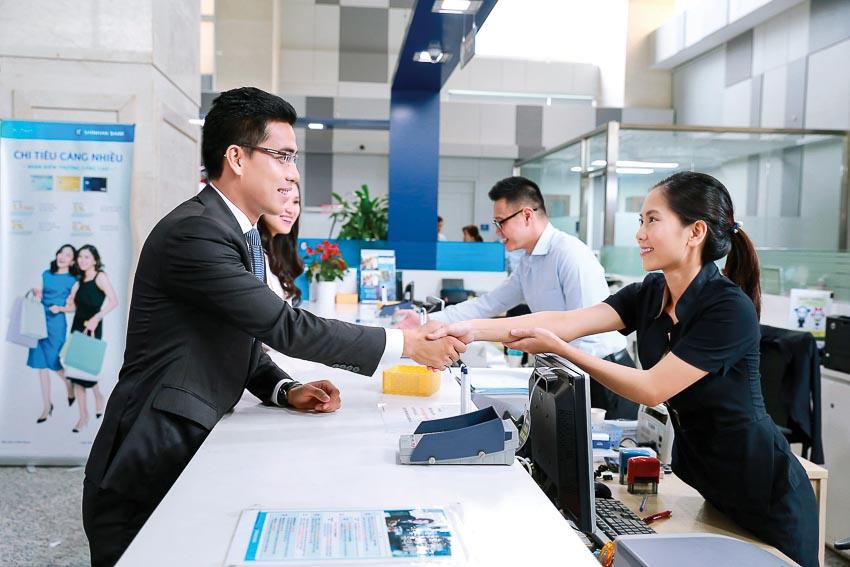 Ngân hàng Shinhan sẽ tiếp tục đẩy mạnh và phát triển kinh doanh trên cả hai mảng khách hàng cá nhân và doanh nghiệp