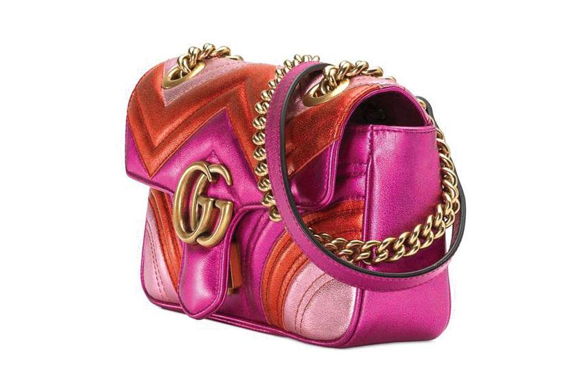 Túi xách rực rỡ dành cho quý bà và bóp tiền nổi bật dành cho quý ông của Gucci