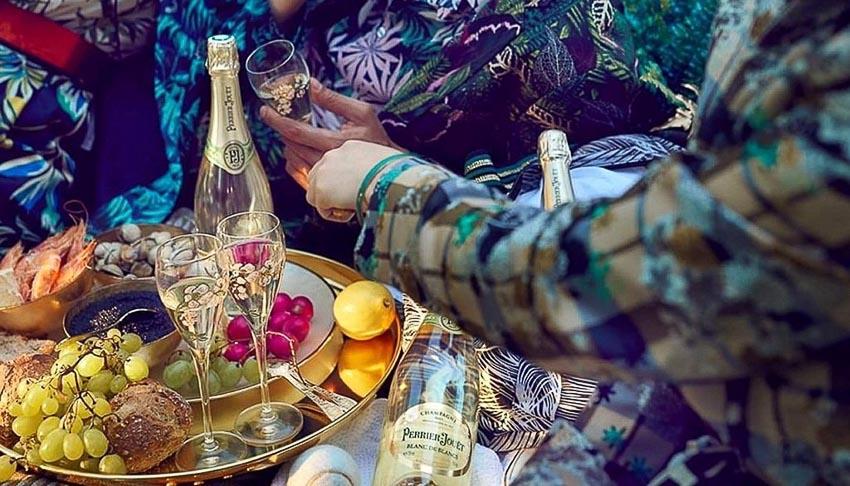 Cho tình yêu thăng hoa với hương champagne Perrier-Jouët 2