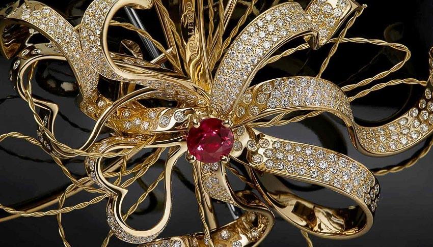 Rare Champagne ra mắt sâm-banh Rare Le Secret High Jewellery đính đá quý 7