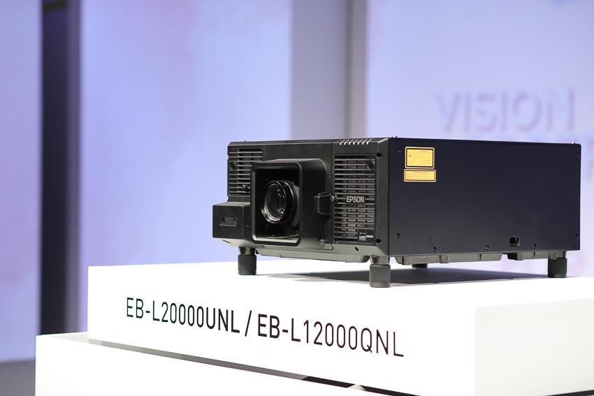 Epson ra mắt máy chiếu Laser 12.000 lumen Native 4K 3LCD 8