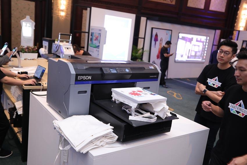 Epson ra mắt máy chiếu Laser 12.000 lumen Native 4K 3LCD 9
