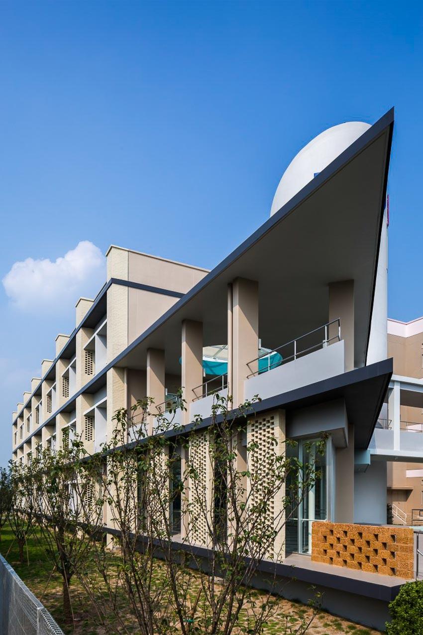 Gạch và giải pháp thiết kế thụ động trong trường đại học – Hưng Yên