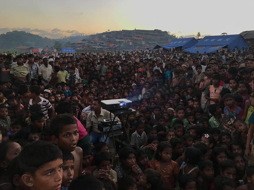 "Displaced"" – Tác giả: Jashim Salam / chụp bằng iphone 7"