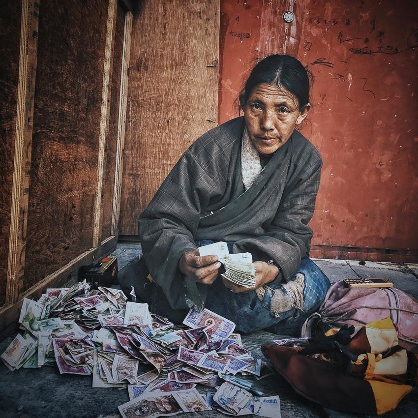 """""""The Tibetan Woman"""" – Tác giả: KuangLong Zhang / Chụp bằng iphone 7"""
