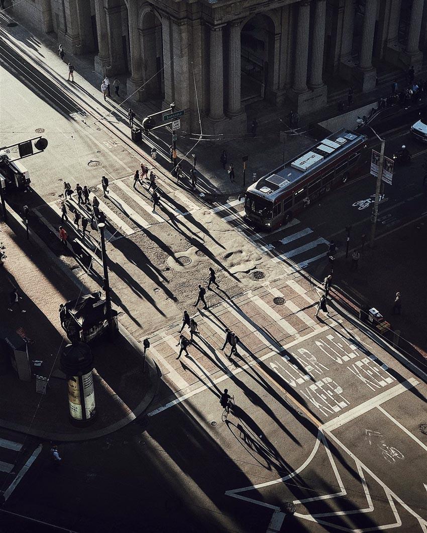 """""""Chasing Light"""" – Tác giả: Cocu Liu / Chụp bằng iPhone 7 plus"""