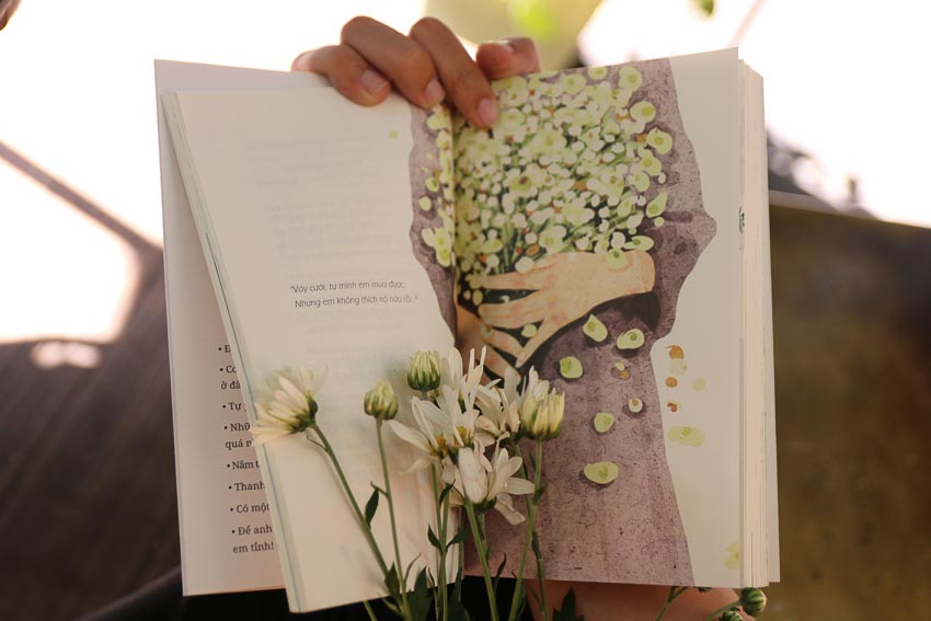 Tác giả Du Phong ra mắt sách Kể từ giờ em hãy sống vì em 2
