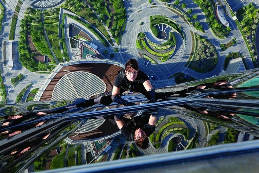 Cảnh trèo nhà chọc trời trong phim Mission: Impossible - Ghost Protocol