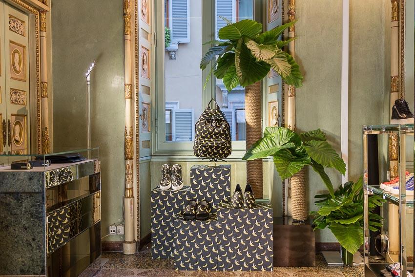 """Thiết kế """"không mùa"""" dành cho quý ông Giuseppe Zanotti Xuân Hè 2019 9"""