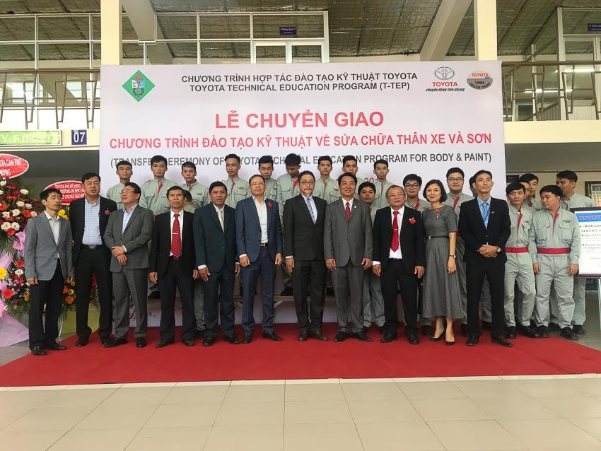 Toyota Việt Nam tài trợ gói thiết bị kỹ thuật đào tạo cho Trường ĐHSP Vĩnh Long 1