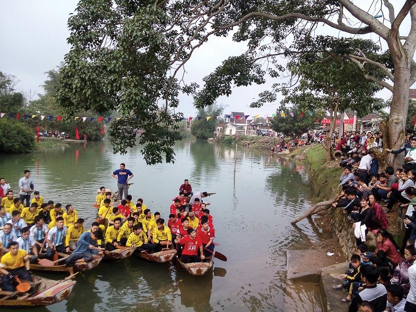 Sông La chảy qua thị xã Hồng Lĩnh