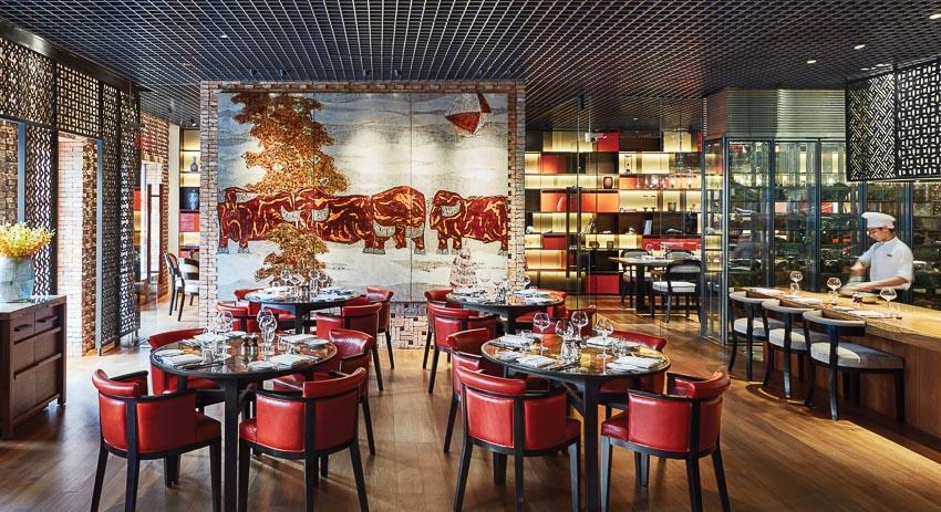 Nhà hàng Square One phục vụ ẩm thực Việt - Pháp