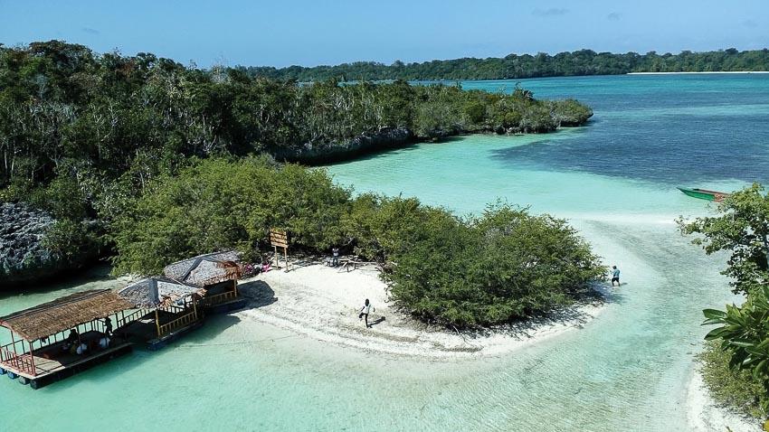 Phong cảnh bờ biển Ambon