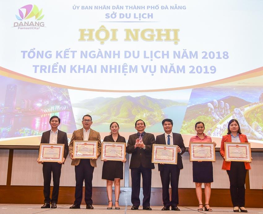 Furama Resort Đà Nẵng vinh dự nhận bằng khen từ Bộ trưởng Văn hóa, Thể thao và Du lịch 2