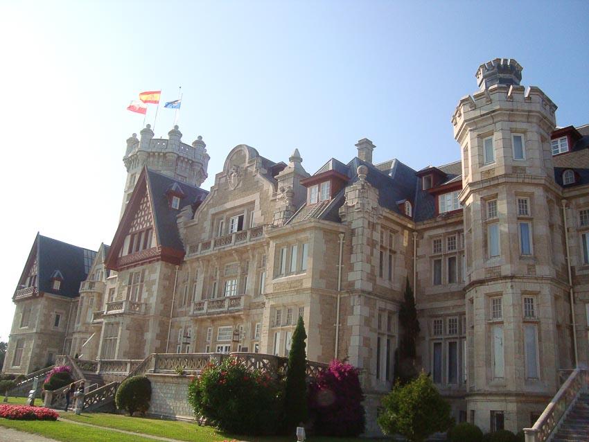 Cung điện Magdalena