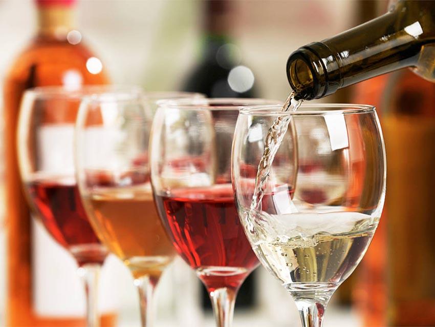 Rượu vang và món ăn