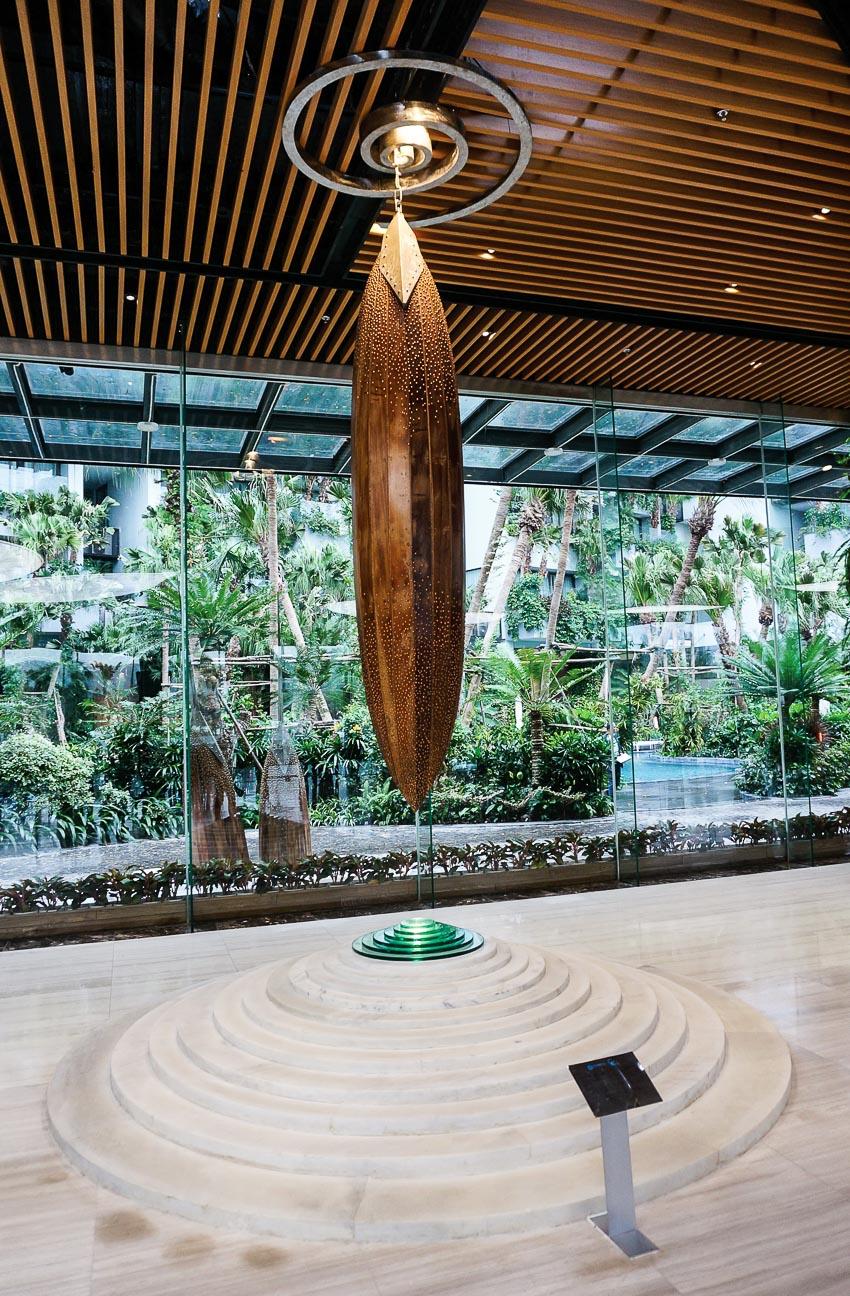 Khải huyền - Bùi Hải Sơn (2017), gỗ, đồng, đá, thủy tinh, 4.000kg