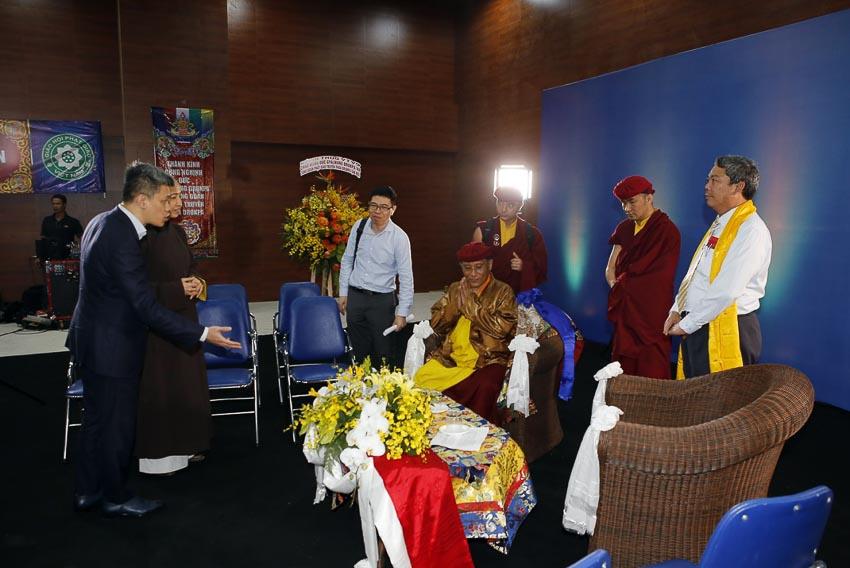 Đức Gyalwang Drukpa gửi lời chúc mừng đến tất cả phụ nữ Việt Nam 5