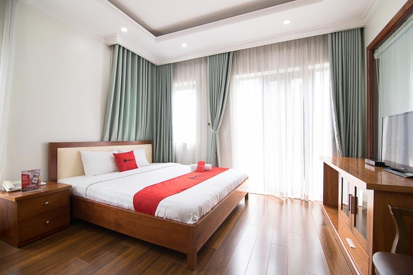 chuỗi hệ thống khách sạn RedDoorz 3