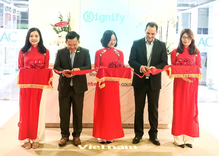 Signify Việt Nam khánh thành Trung tâm Ứng dụng Chiếu sáng Thông minh 3
