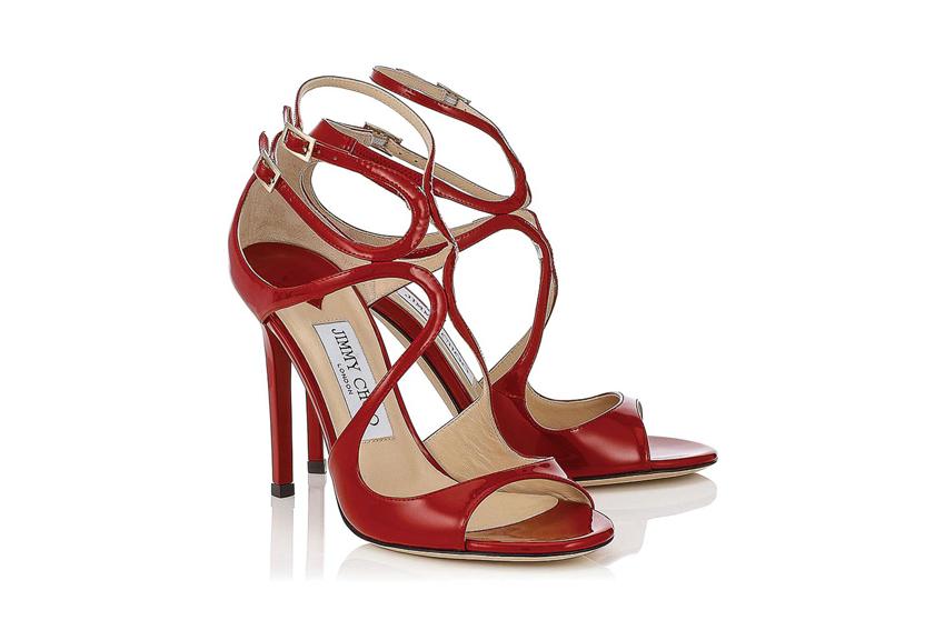 Đôi giày cao gót màu đỏ kiêu sa của Jimmy Choo