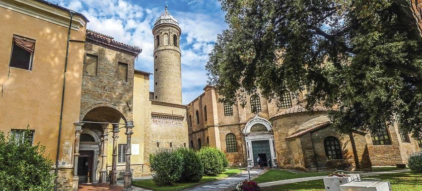 Dù không phải là thành phố lớn nhưng Ravenna có nhiều kiến trúc rất đẹp
