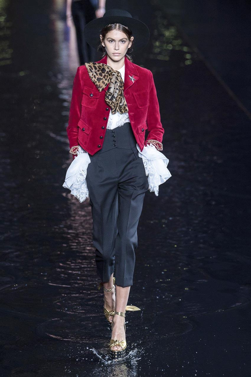 Bộ sưu tập Xuân-Hè 2019 của Yves Saint Laurent 3