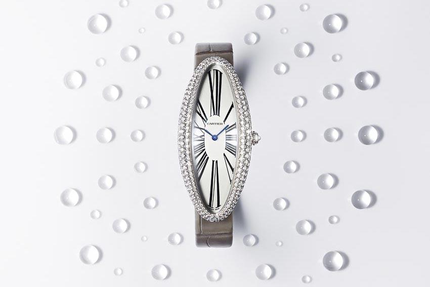 Chiếc đồng hồ kinh điển Baignoire Allongée của Cartier với tạo hình mới mẻ 1