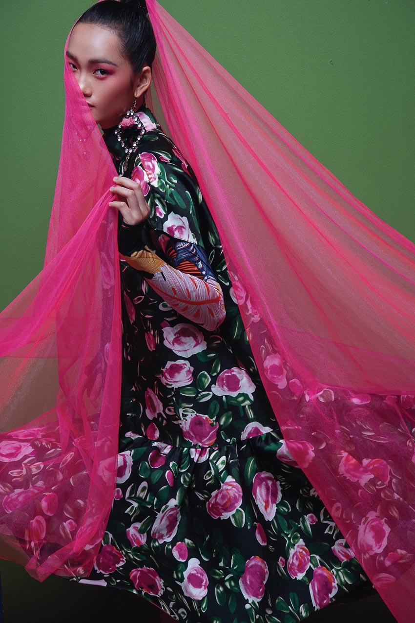 trang phục đa sắc màu của nhà thiết kế Đỗ Mạnh Cường 2