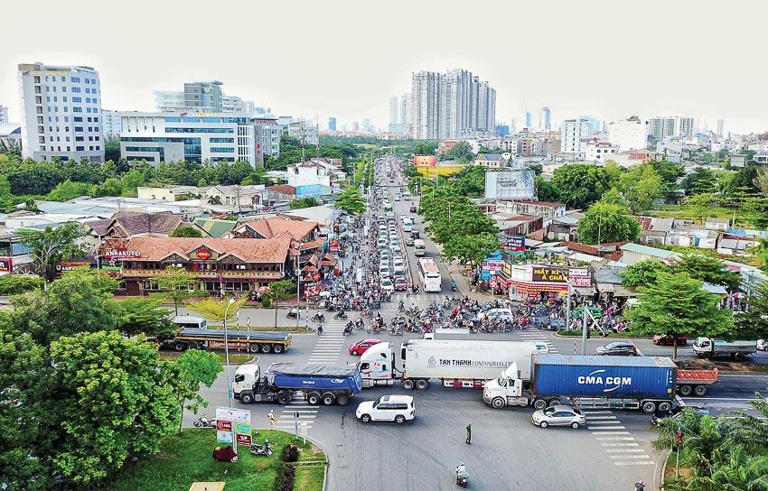 Hạ tầng giao thông kém là rào cản trong thu hút đầu tư của TP.HCM