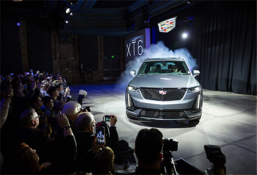 Cadillac giới thiệu XT6 2020 hoàn toàn mới - 04