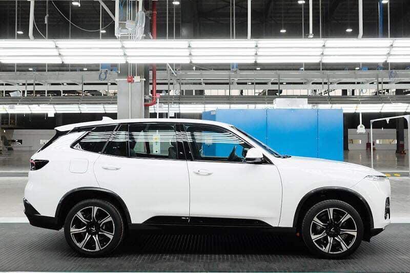 Vinfast hoàn thành sản xuất chiếc xe SUV Lux SA2.0 bản thương mại đầu tiên - 06