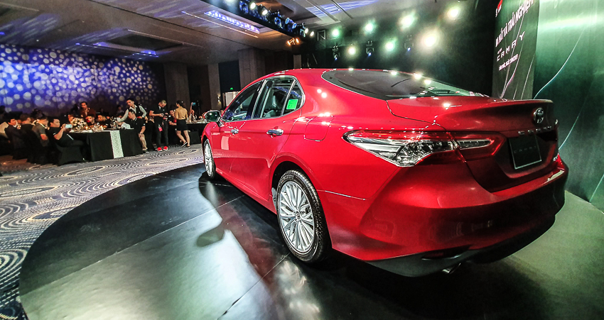 Toyota Việt Nam ra mắt Camry 2019 - 81