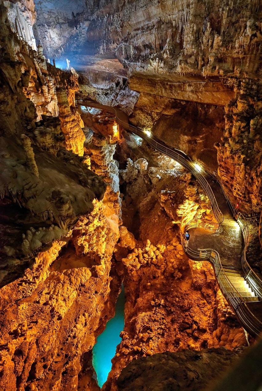 7 kỳ quan thiên nhiên tuyệt đẹp vùng Trung Đông 8