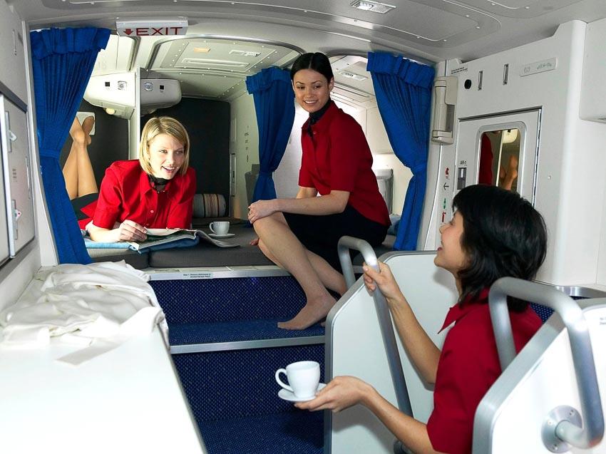Một số máy bay có buồng ngủ nhỏ cho phi hành đoàn