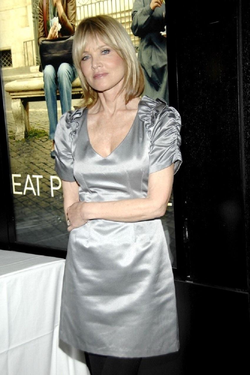 Sandy Linter – một chuyên gia trang điểm nổi tiếng ở New York