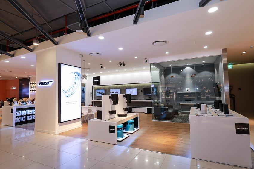 Toàn cảnh không gian trưng bày của Bose Store Lotte Hà Nội