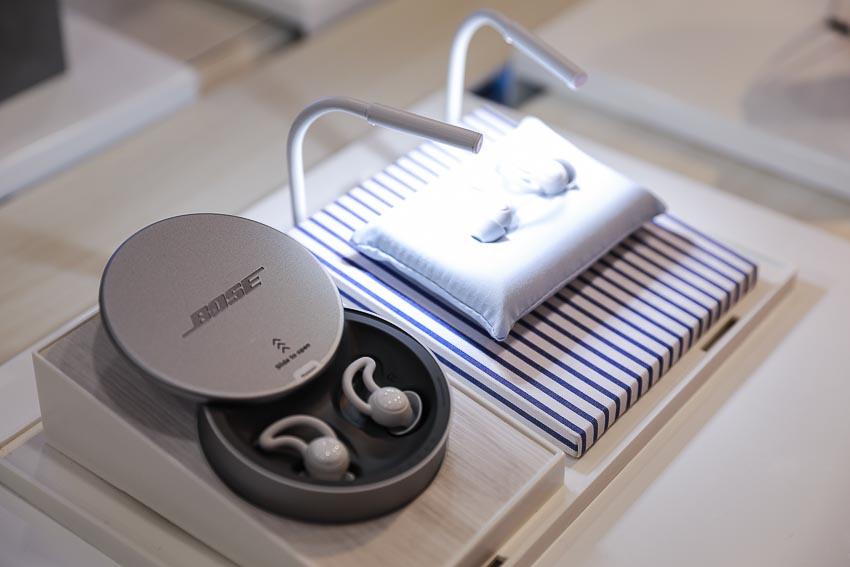Dòng sản phẩm chuyên biệt cho giấc ngủ Bose SleepBuds