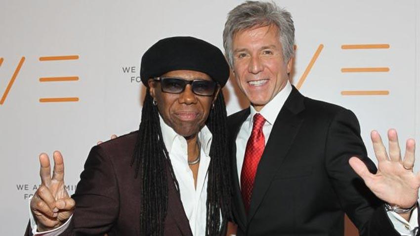 Ca sĩ Nile Rodgers của ban nhạc Chic là bạn của McDermott
