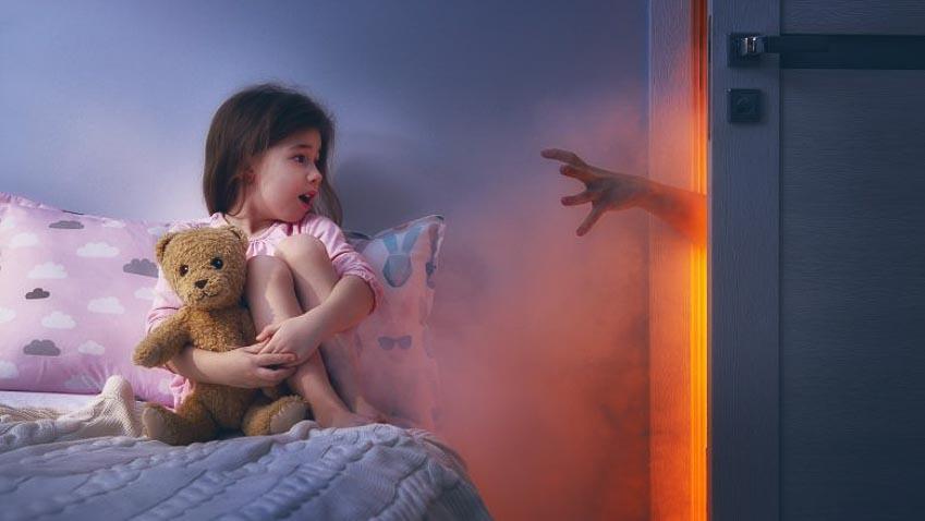 Trẻ phản ứng với phim kinh dị khác với người lớn